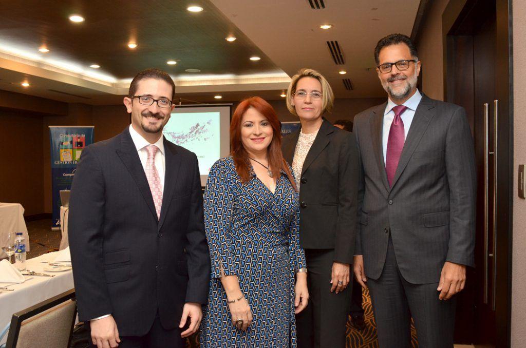 Demetrio Marranzini, Wanda Piña, Yolanda Hernández y Carlos Ros.