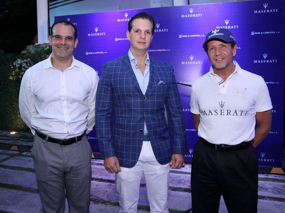 Maserati realiza exhibición en la ciudad de Santiago