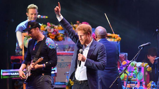 El Príncipe Harry se declara cantante