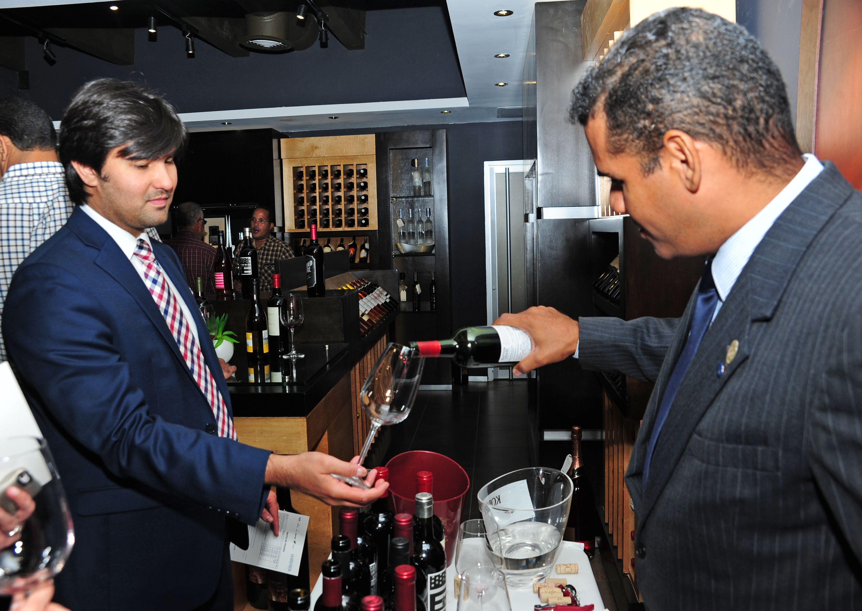 Vinos S.A y Trinchero Family introducen nuevos vinos en el país