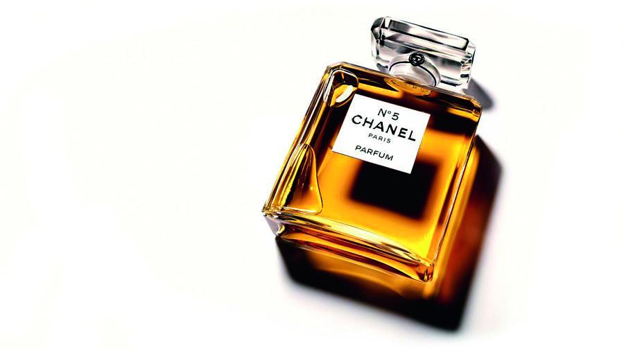 Deep in Beauty: Chanel No.5