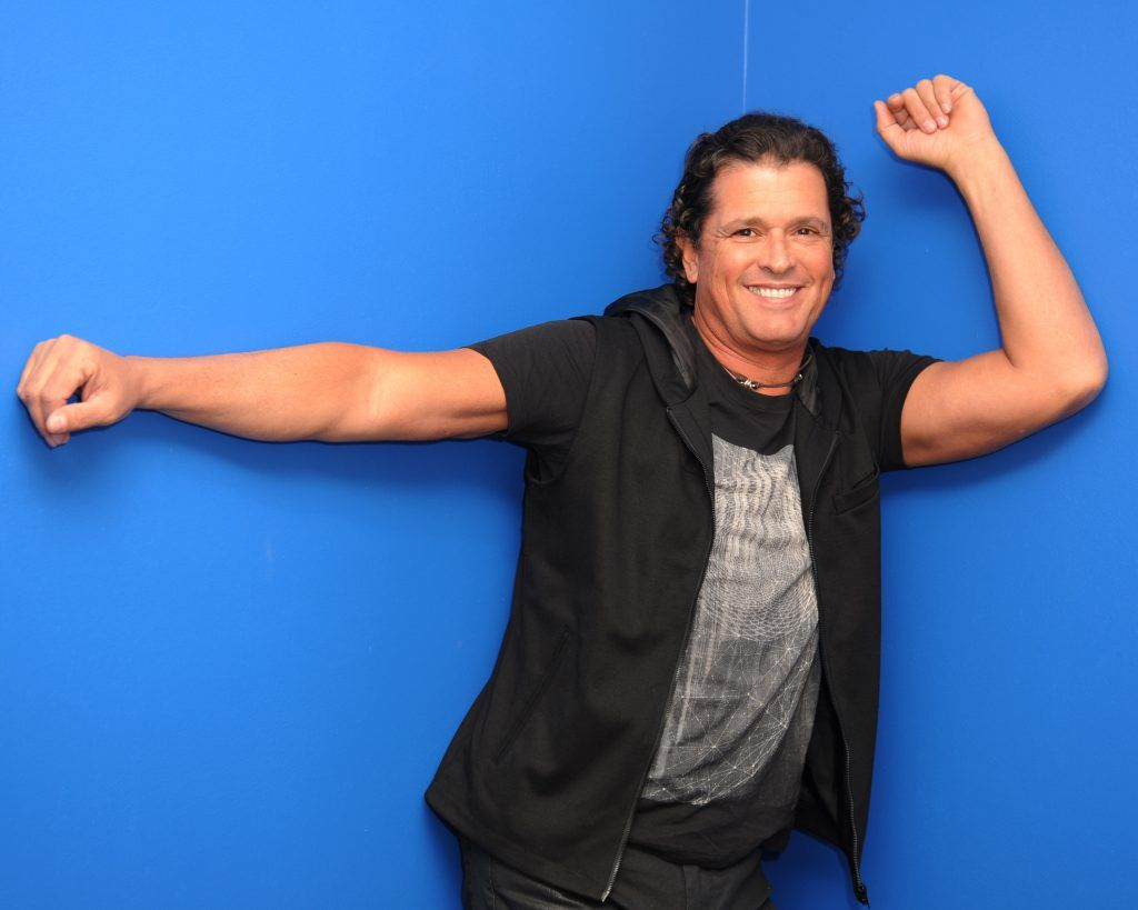 MIAMI, FL - JANUARY 27: Carlos Vives poses for a portrait at radio station 94.9 Mega on January 27, 2015 in Miami, Florida. (Photo by Larry Marano/Getty Images)