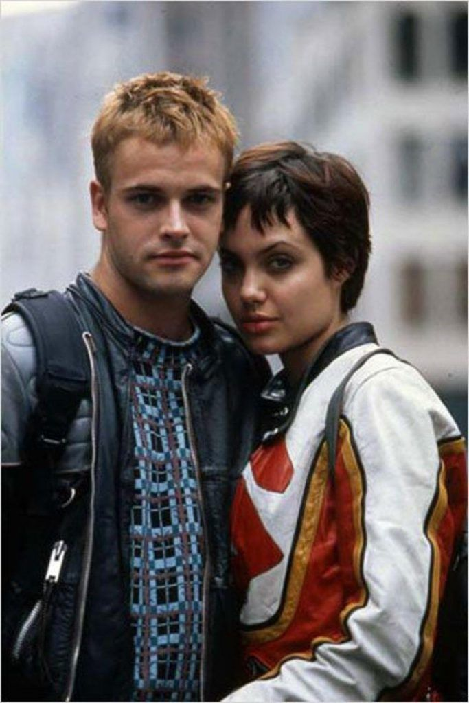 Angelina Jolie & Jonny Lee Miller.
