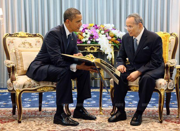 20121119_obama-and-bhumibol