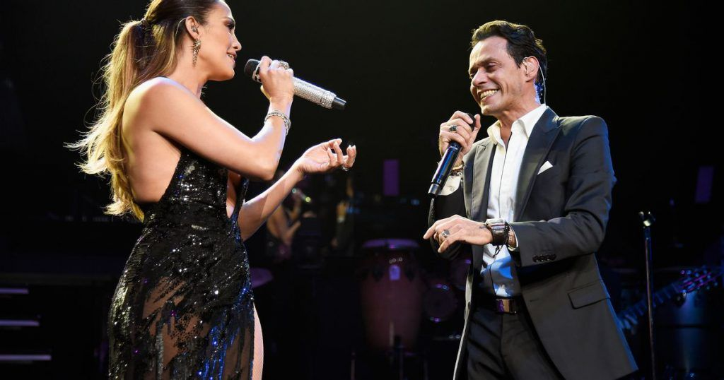 jennifer-lopez-performs-onstage-with-marc-anthony-at-radio-city-music-hall