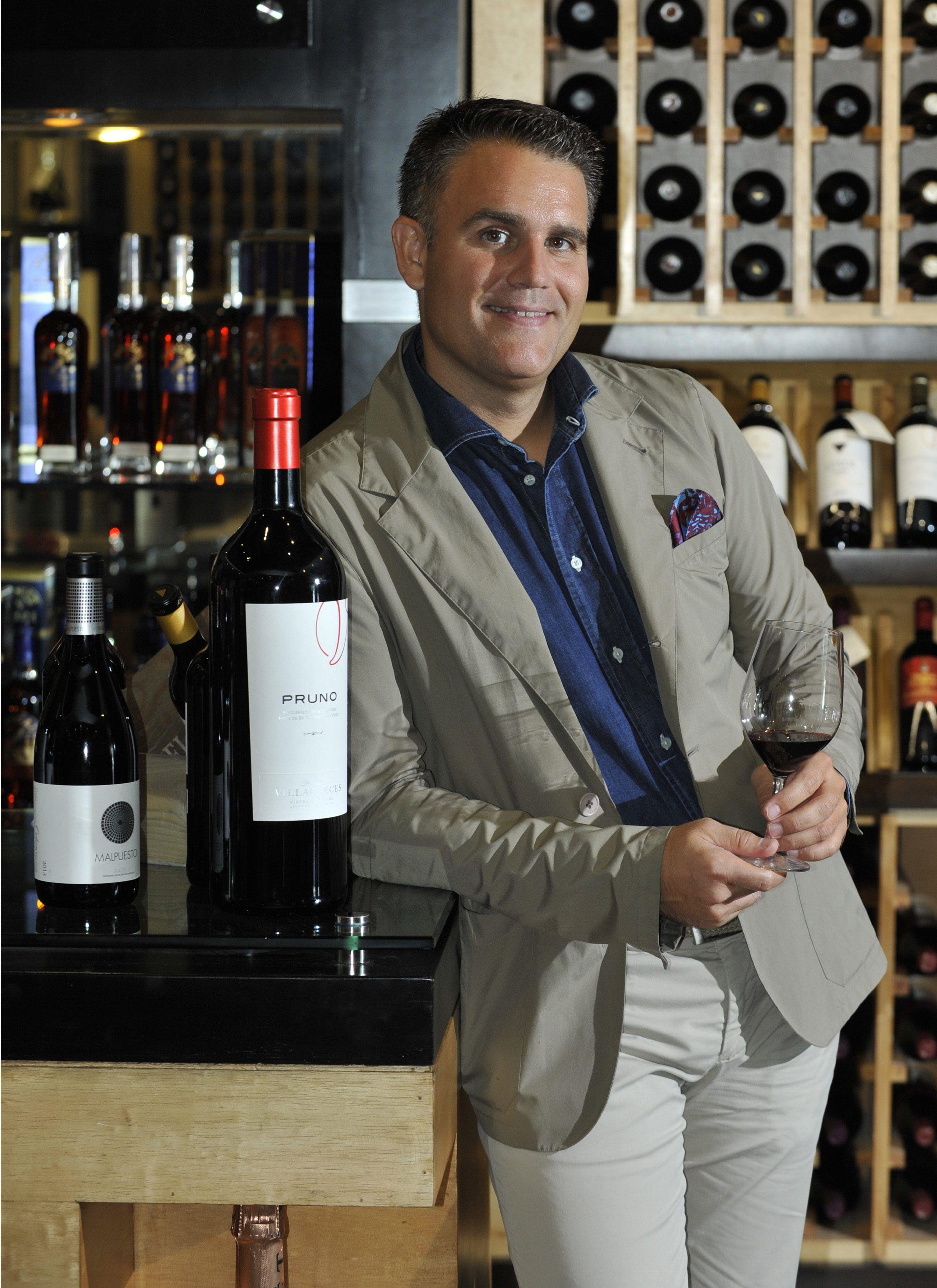 Lalo Antón: «Un vino debe tener elegancia, invitarte a beber… Que al probarlo te diga muchas cosas»