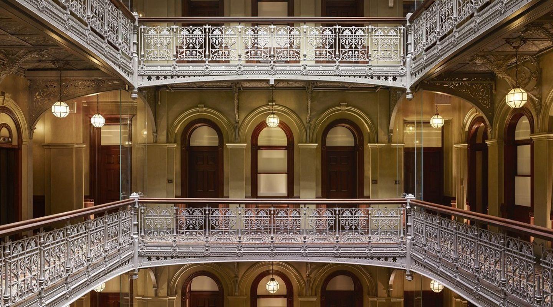 Un tesoro renovado: The Beekman Hotel, New York