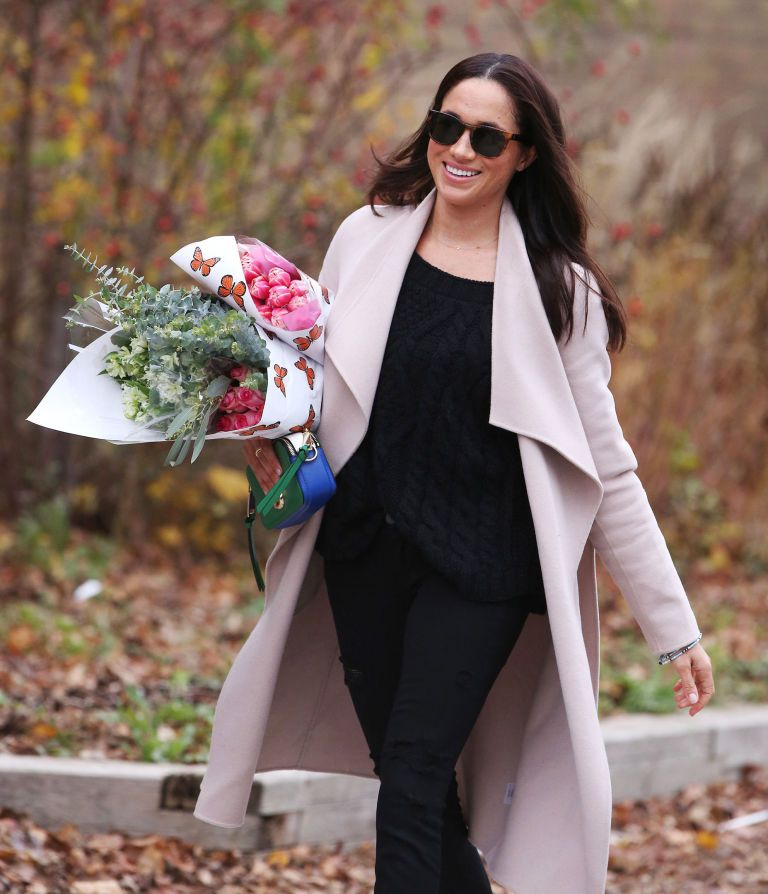 gallery-1481137976-hbz-meghan-markle-embed