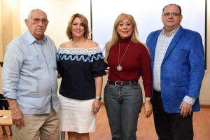 Fermin Suarez, Meryann Suarez,Lolita Suarez, Juan de la Rosa.