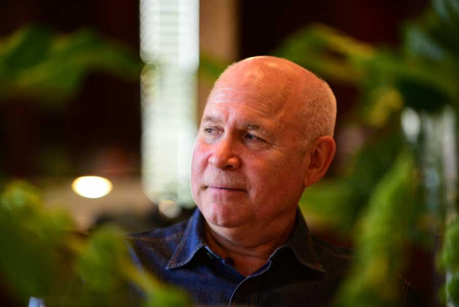 Listín Diario ofrece almuerzo en honor de Steve McCurry