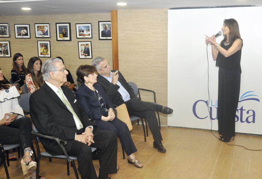 """Facundo Cabral"", de Gabriela Llanos"