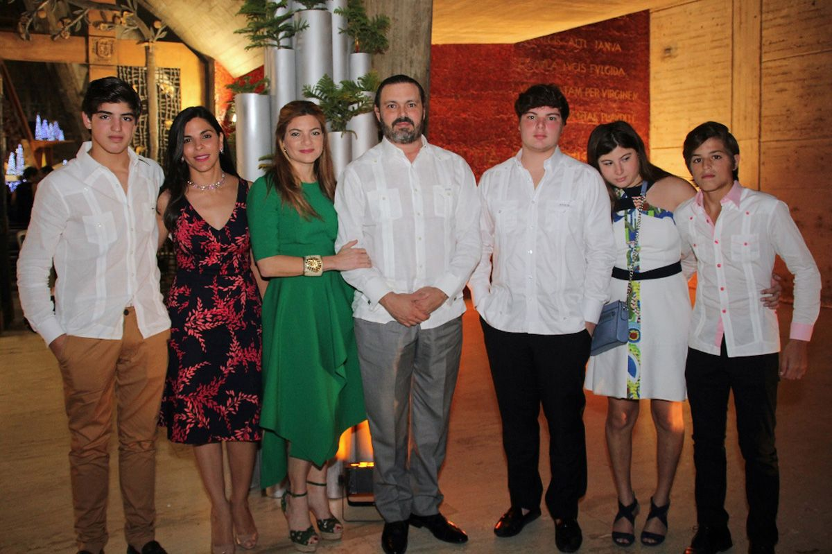 Grupo Puntacana celebra Gala Navideña