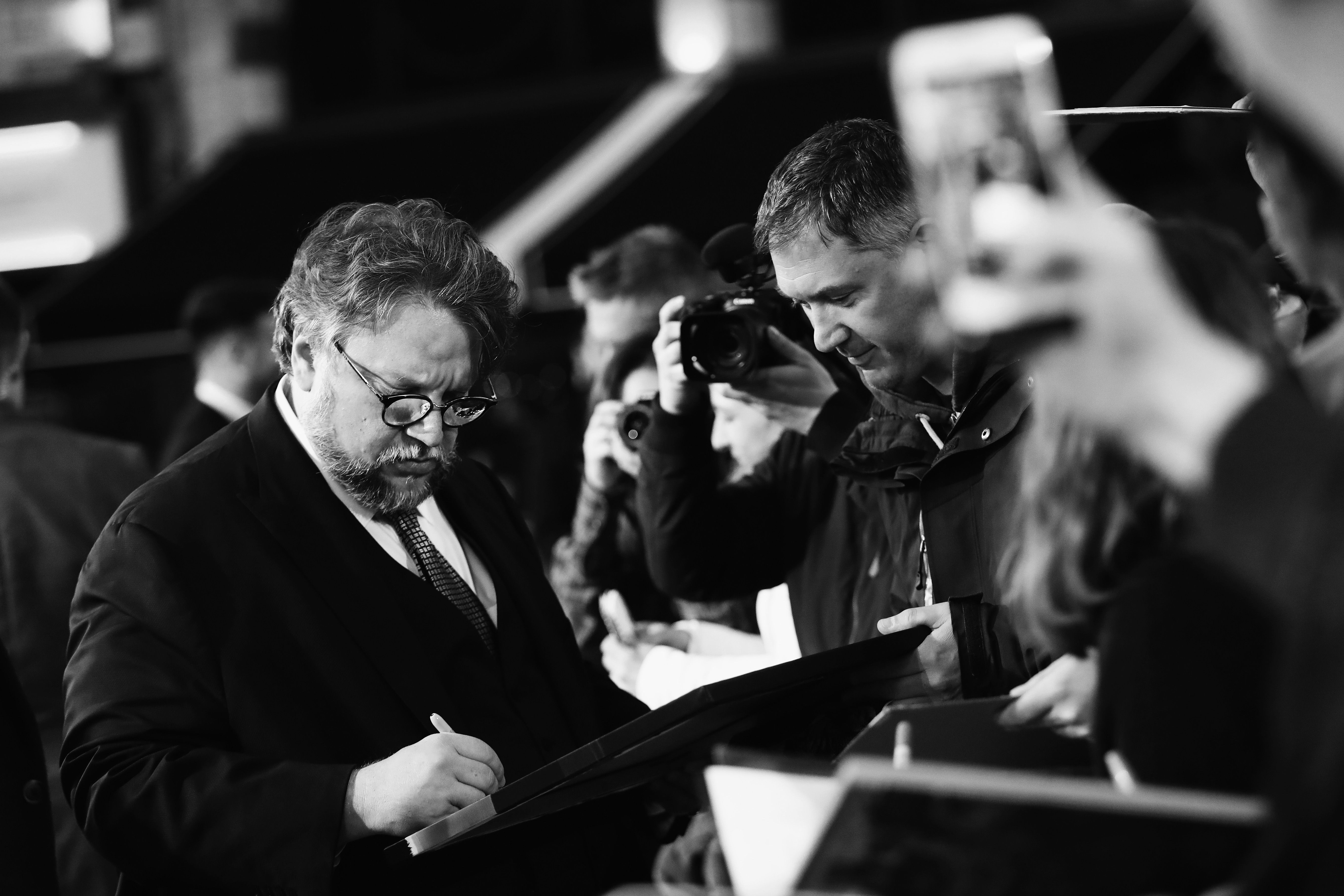 Guillermo del Toro: Un mexicano que decidió hacerse amigo de los monstruos a muy corta edad… Los que siempre formaron parte de su vida.