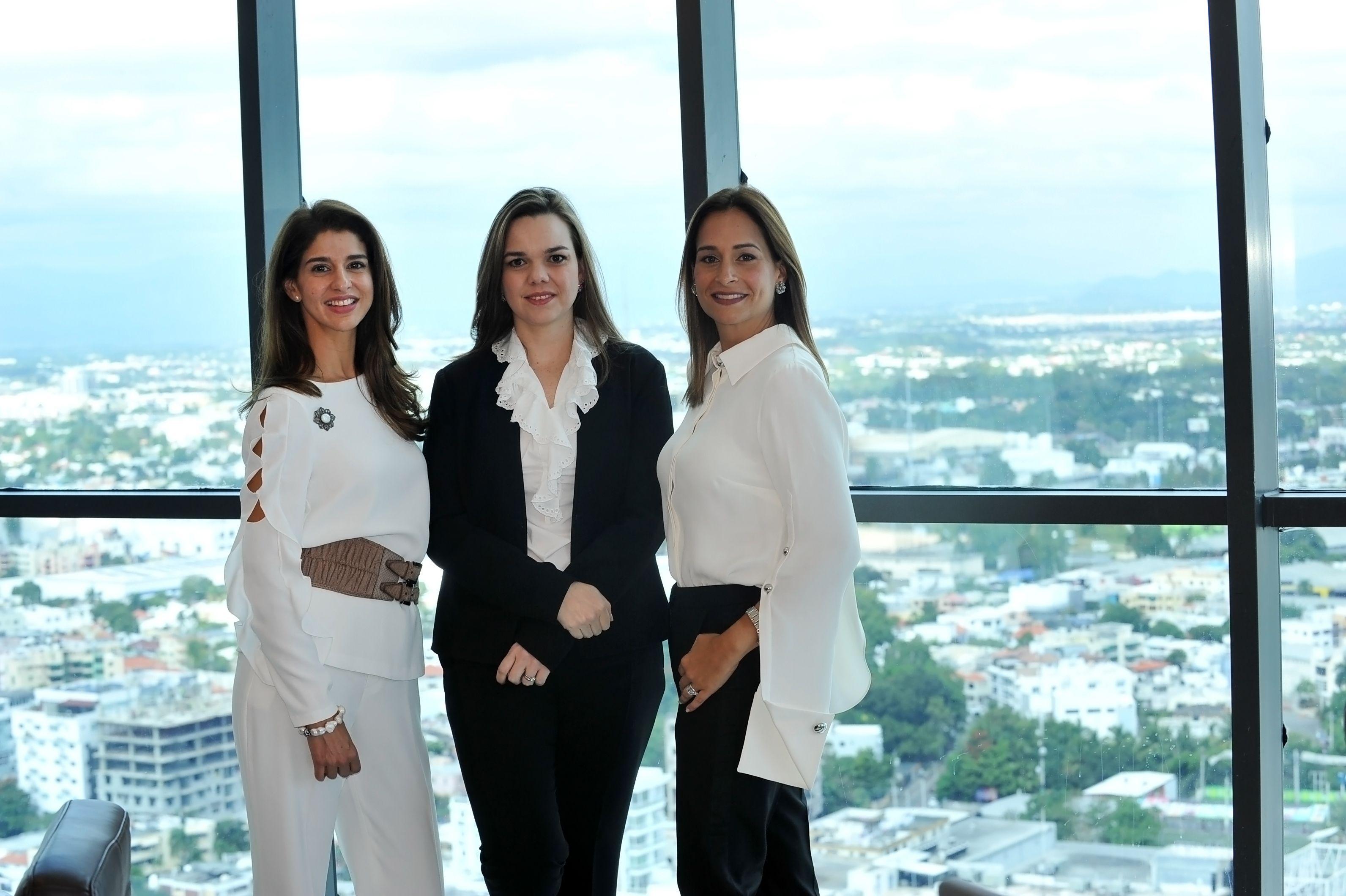Xinara Croes,Emiliana Velutini y Wendy Durán