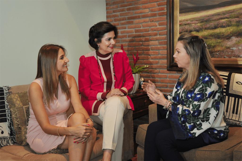 María Elena Aguayo, María Amalia León de Jorge y Margarita Miranda Mitrov