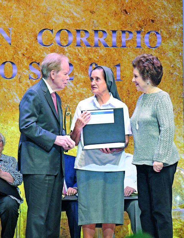 José Luis Corripio Estrada, María Jesús Hernando