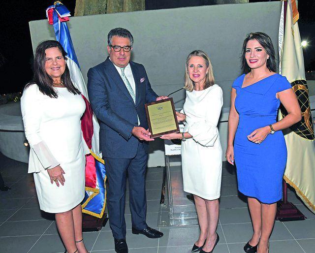 Cuerpo Consular celebra
