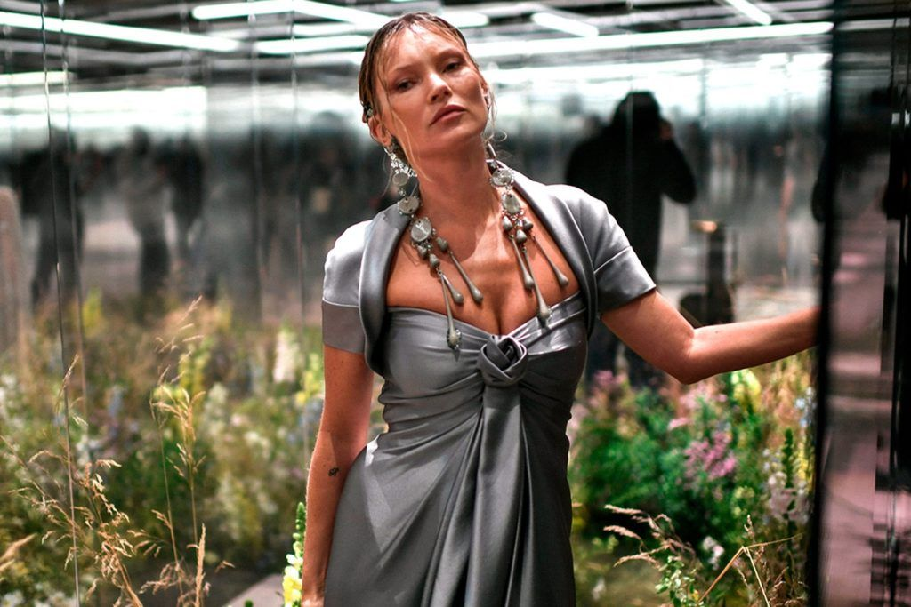 Fendi Couture SS21: Pasarela, literatura y extravagancia