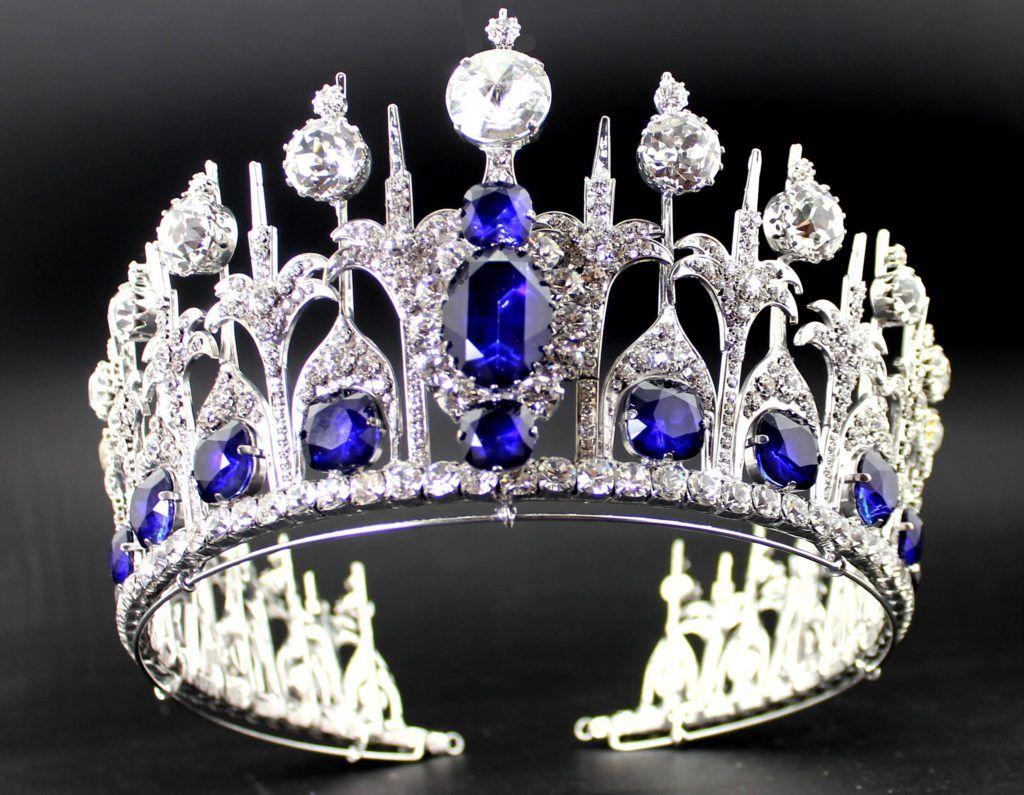 Tiaras de la monarquía
