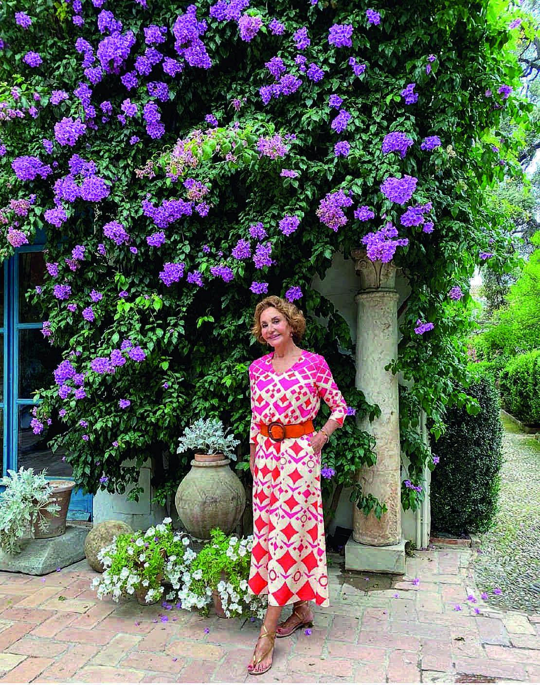 Naty Abascal: Más de medio siglo encarnando la elegancia